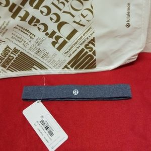 Lululemon Athletica Cardio cross trainer headband